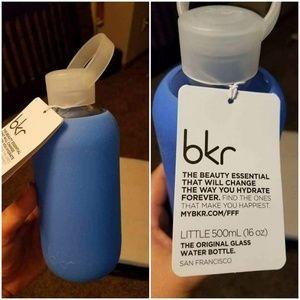 """Blue """"romeo"""" Glass bkr water bottle"""
